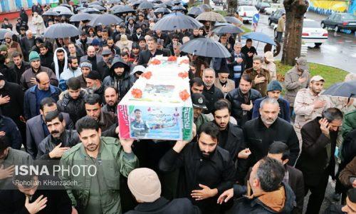 """پیکر شهید گیلانی """"حادثه بالگرد دریای خزر"""" در رشت"""