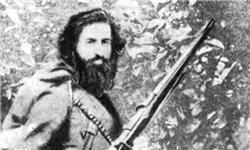 میرزا کوچک الگوی مبارزه با استعمار و استبداد