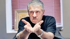 اقتصاد ایران محصول سوءتدبیر چند دهه است/ میراثدار یک مدیریت غلط سیاسی بر اقتصاد هستیم/ دخالتها راهکارهای بانک مرکزی را بیحاصل کرده است/