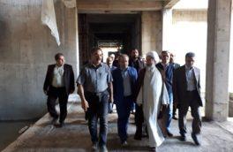 بازدید امام جمعه رشت و مسوولان دانشگاه علوم پزشکی گیلان از پروژه های در حال ساخت سایت لاکان رشت