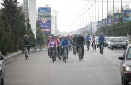 همایش دوچرخه سواری هوای پاک به میزبانی منطقه آزاد انزلی برگزار شد