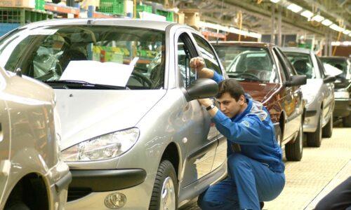 تحقیق و تفحص از خودروسازان به کجا رسید؟ / مخالفت وزارت صمت با مجلس