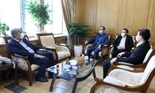 در نشست احمدی و سالاری مطرح شد؛ گسترش همکاری های شهرداری و سازمان تامین اجتماعی