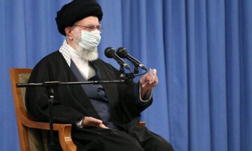 رهبر معظم انقلاب: مجلس و دولت اختلافنظرشان را حل کنند/ در قضیه هسته ای عقب نخواهیم نشست