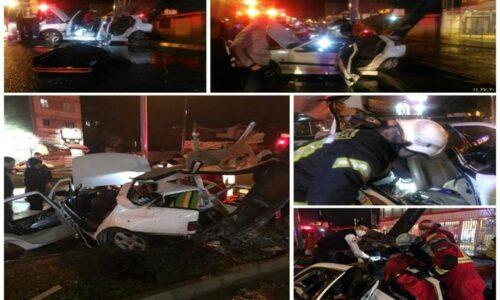 یک کشته و ۳ مجروح دربرخورد شدید خودرو با تیر چراغ برق