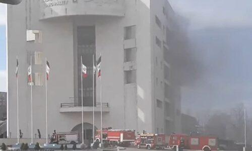 آتشنشانی رشت خبر داد؛ آتش سوزی در ساختمان مرکزی شهرداری رشت مهار شد