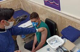 معاون درمان دانشگاه علوم پزشکی گیلان: هیچ عارضهای از تزریق واکسن کرونا به کادر درمان گیلان گزارش نشده است