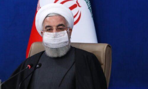 در پیامی به مناسبت روز ارتش جمهوری اسلامی ایران؛ روحانی: ارتش بزرگتر از آن است که آن را به سیاست فرو بکاهیم